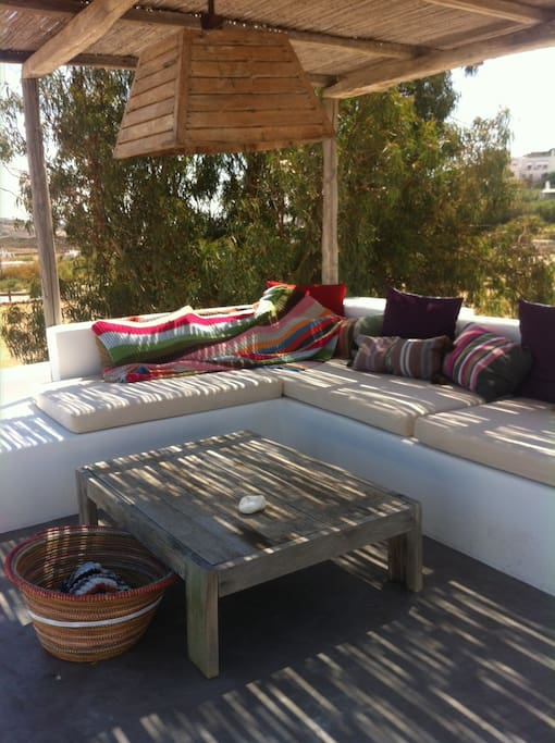 the daybeds at the roof top to enjoy breakfast or lunch, dinner, drinks the sunset, the view & the night sky