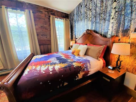 The Fall Suite at the Aspen Inn