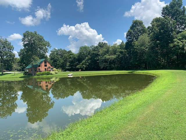 Crouse's North Ninety Lake House