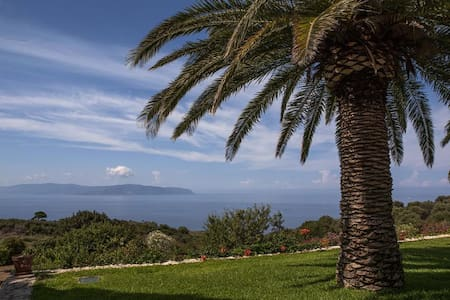 Luxury villa with astonishing view - Kefallonia - Hus