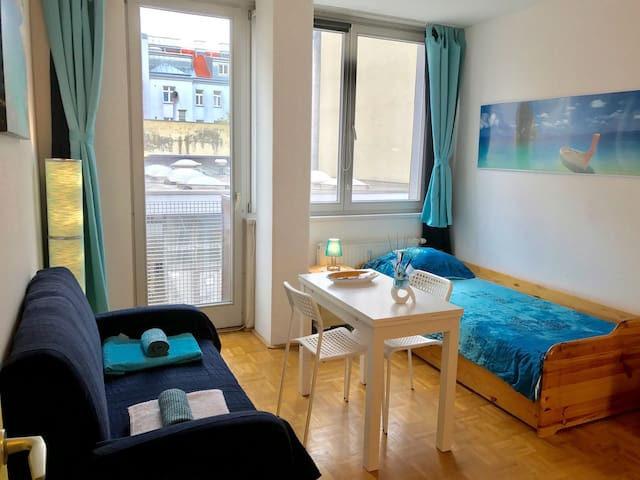 Nice room 15min from the cityCentre