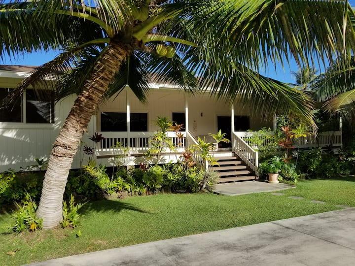 Hauula Ohana House - Paradise on a one acre estate