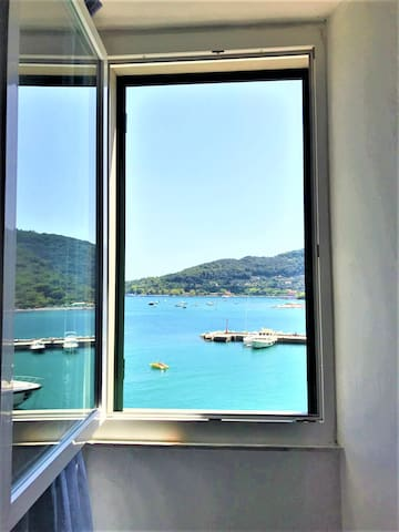 Lovely apartment center of Portovenere with view