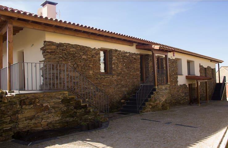 Casa de Brito - Vinhais - Cabin
