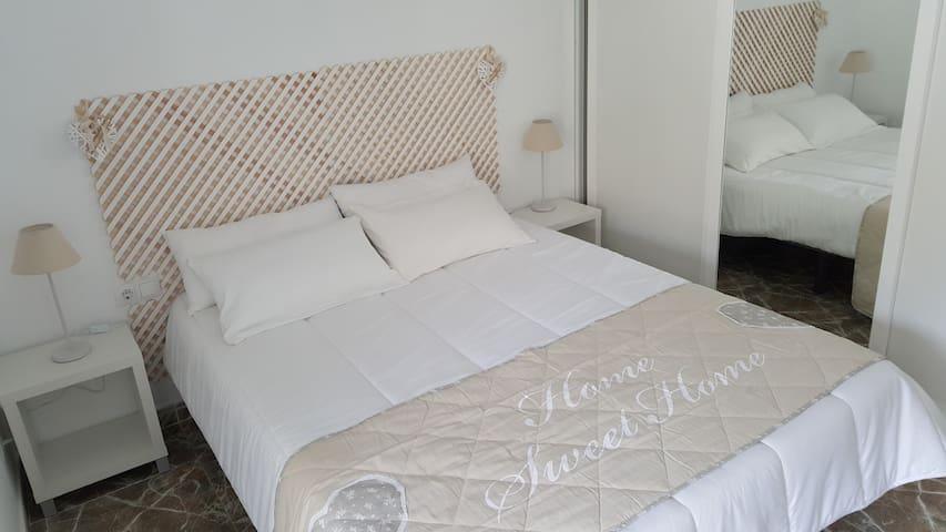 Chambre 1 grand lit avec dressing