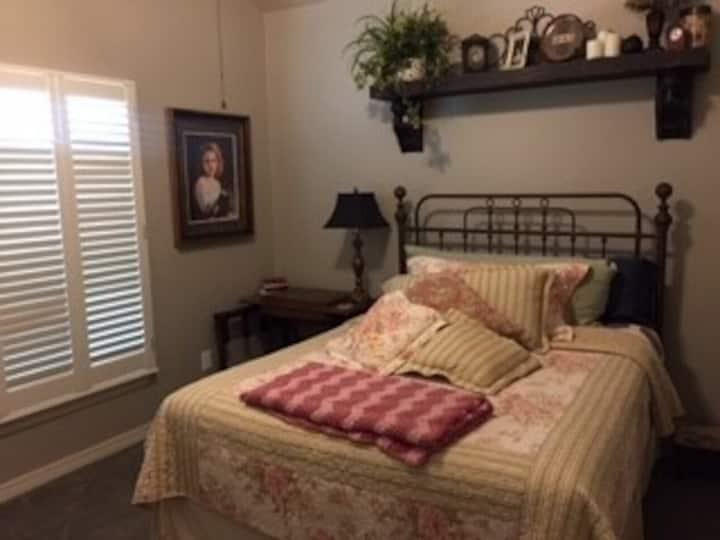 Southwest Haven Suite