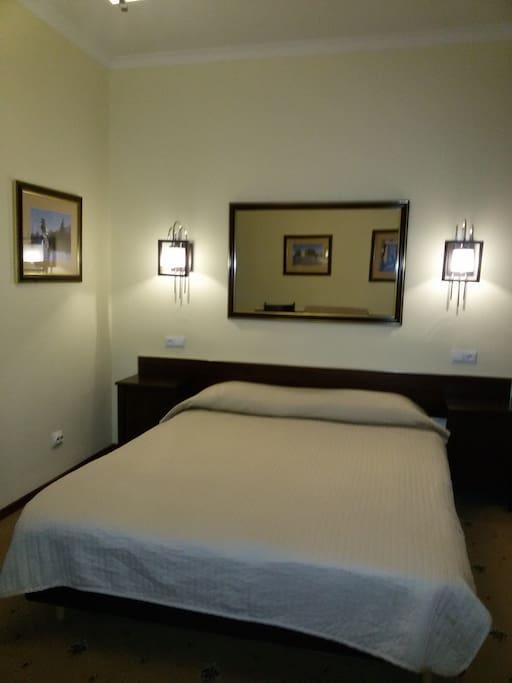 Двухместный стандартный номер с дополнительным спальным местом