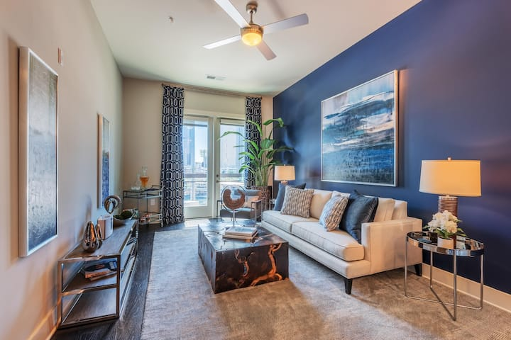 Apartment living at its finest | 1BR in Charlotte