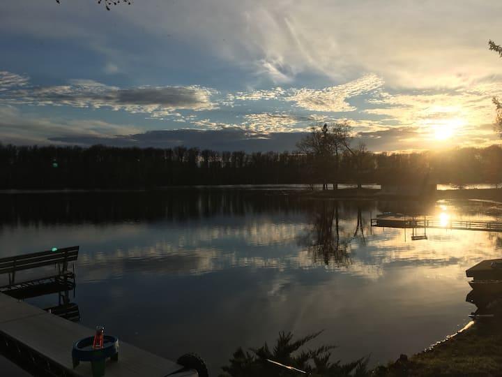 Escape to Long Lake