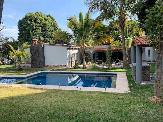 Villa Ajiic by Amaca Rentals