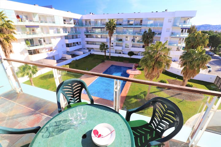 Apartment with pool -PORTO MARINA 309