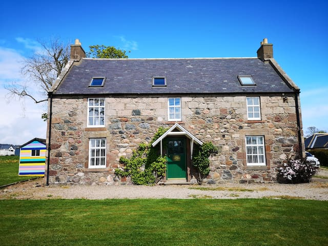 Wagtail Lodge boutique country house B & B
