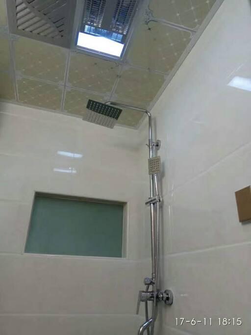 洗白白的地方,24小时供应热水