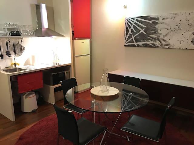 Bilocale di design in zona Centro - Piacenza - Wohnung
