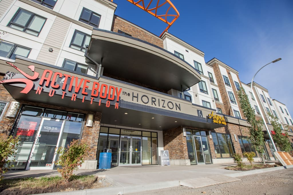 Stay With Ease Hospitality! 2 Bed 1 Bath #205 - Apartments ...