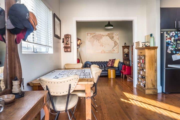 Bondi Beach House - Private Queen Room - Bondi - Casa