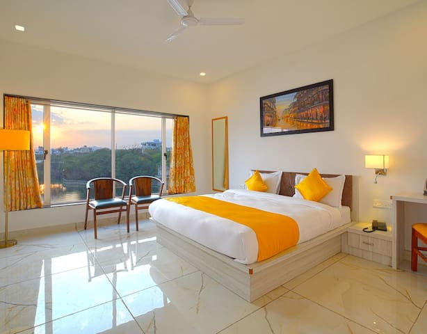 Lake View Hotel with all modern amenities.