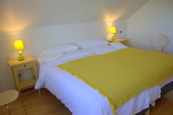 Double Bedroom, Private Bathroom and Shared Shower
