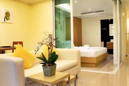 Swiss Chalet private Apartment - TH - 公寓