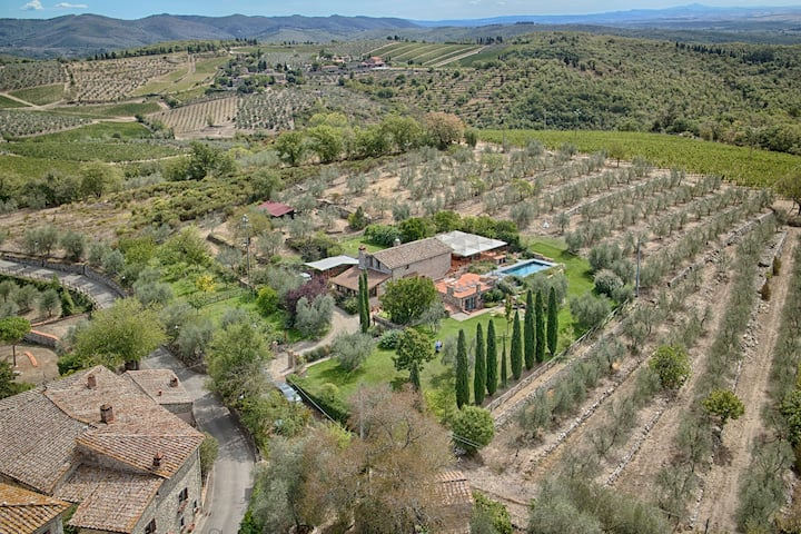 Poggio, a villa in the heart of historic Chianti