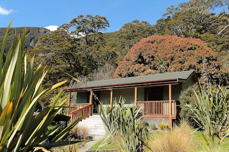 Mountainview Kea Ensuite Room