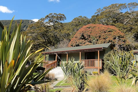 Mountainview Kea Ensuite Room