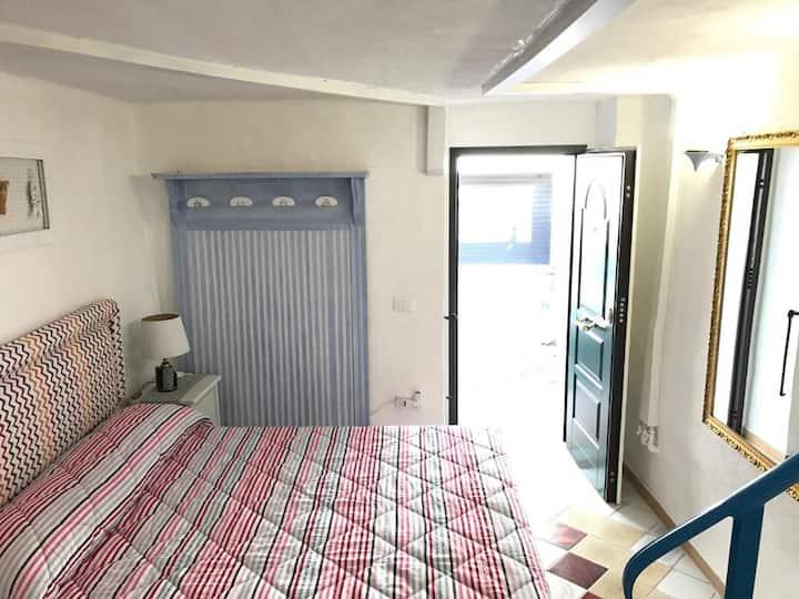 Camera con Cucina e Solarium Vista Mare /La Grotta