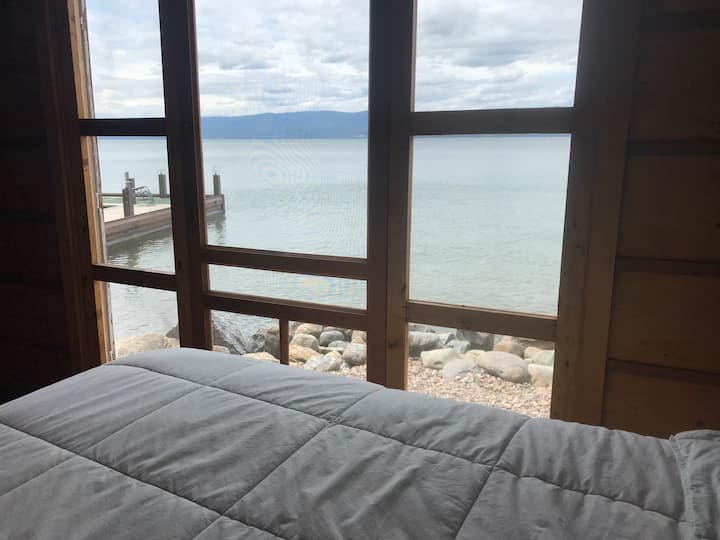 Vintage Beach House Retreat