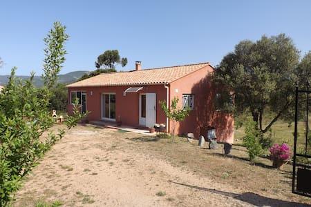 Agréable villa de campagne à proximité des plages. - Serra-di-Ferro - Villa