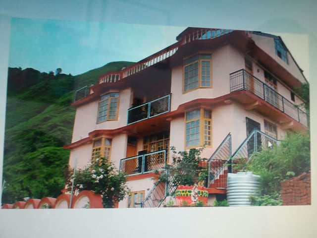 Exotic Apartment for Family and groups - Shimla - Apartment