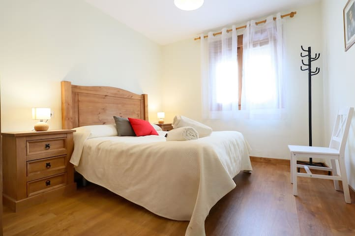 New! Charming new reformed on historic center