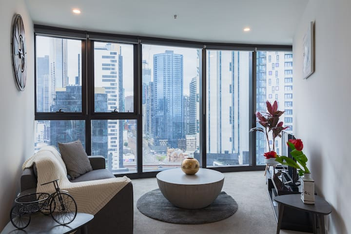 Fashion apartment near crown in CBD