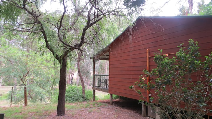 Kookaburra Chalet - Where the Bush Meets the River