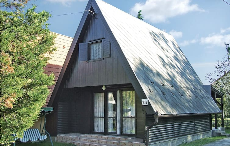 Holiday cottage with 2 bedrooms on 48m² in Balatonmariafürdö