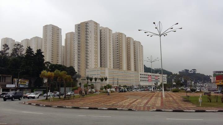 Dormitório privativo em apto- Barueri/SP