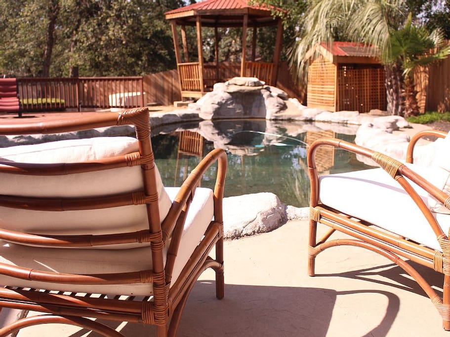 Poolside Seating.