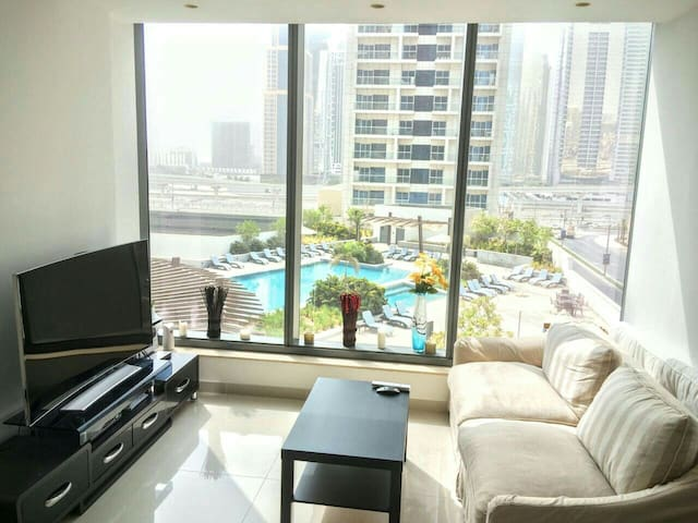 Luxury 1br apartment in the heart of Dubai Marina