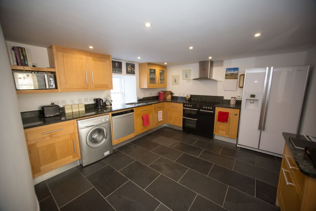 Well-equipped and spacious Kitchen