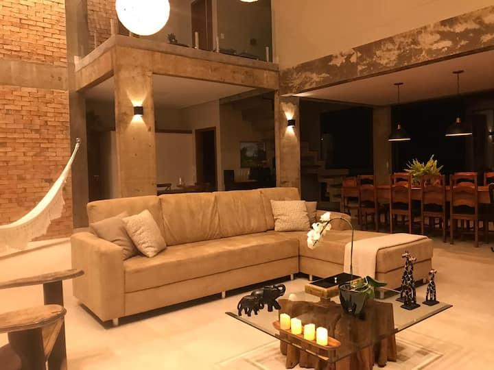 Casa Ipês do Morro