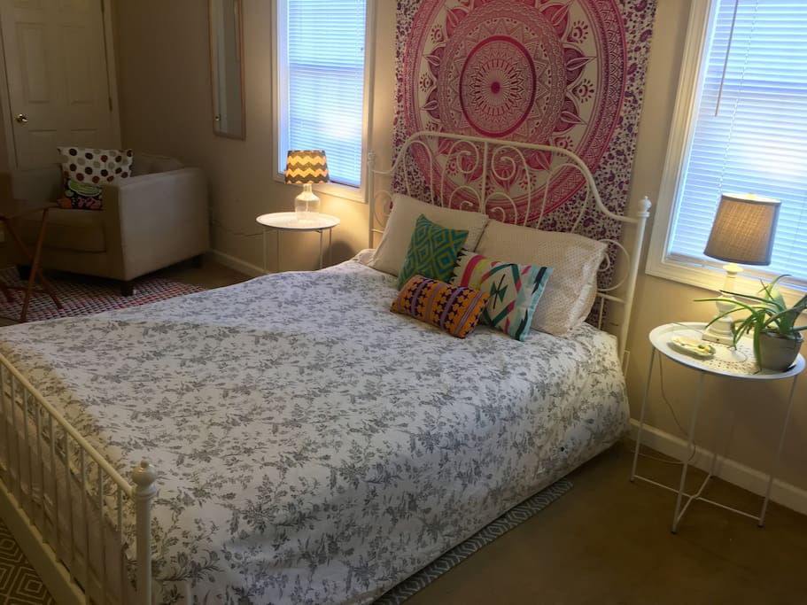 Guest bed is queen size and perfect for guest traveling alone, or couples.