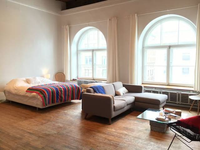 Classic Loft in Old Montreal - Montréal - Appartement