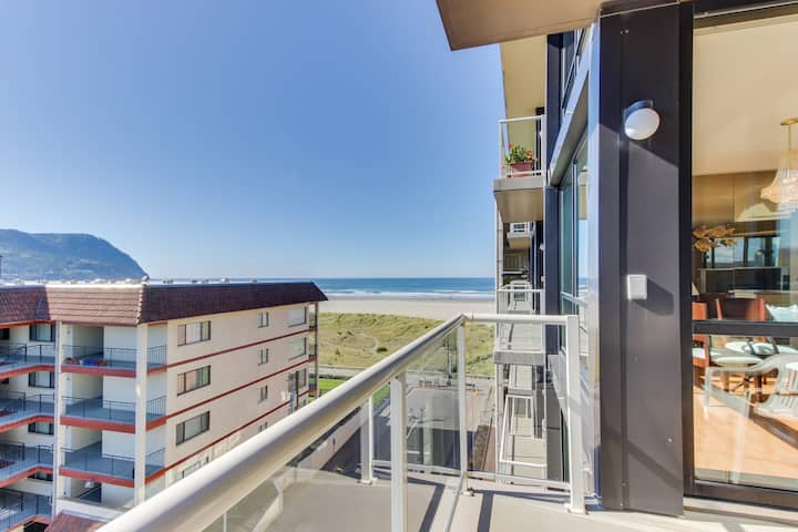 Family-friendly condo w/partial ocean view! Kitchen & modern decor! Pool access!