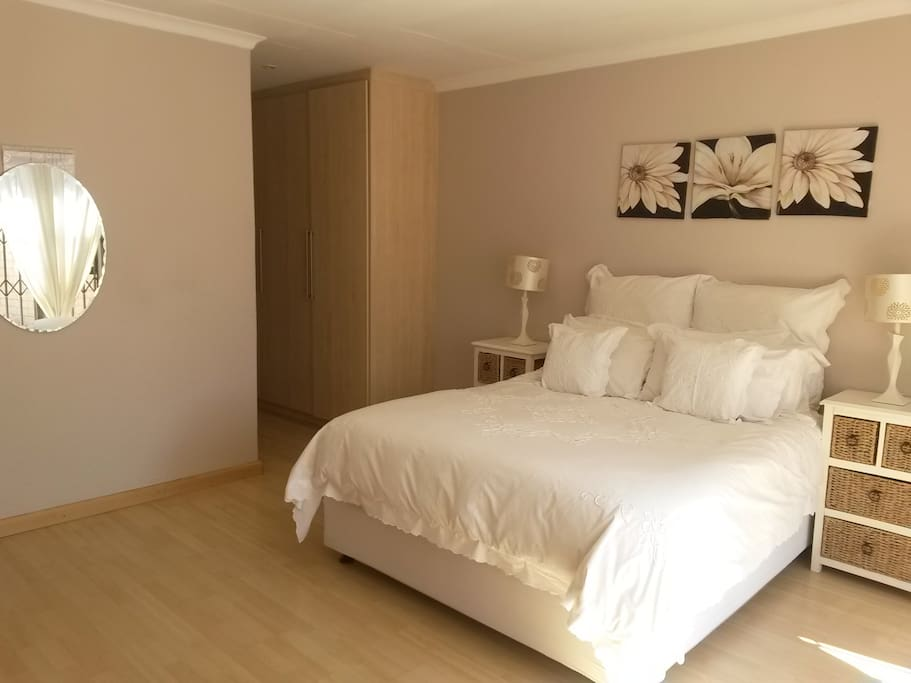 Main Bedroom with private en-suite