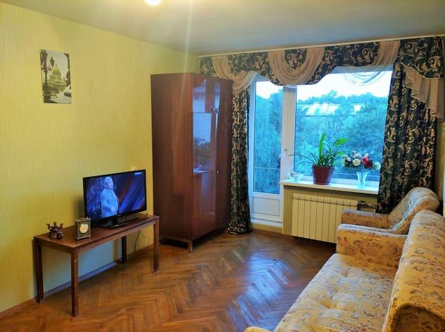Большая комната в центре Петербурга, 19 м2, балкон