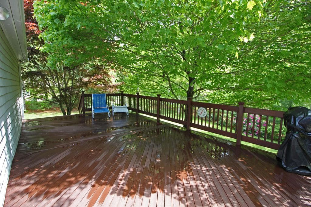 Large deck for cookouts, cocktails, or relaxing in the sun