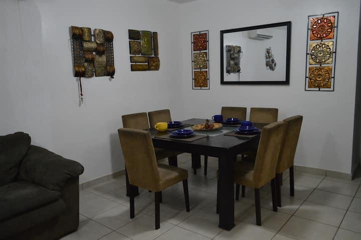 Cálida, Hermosa y Comfortable casa KINO BAY PLAYA