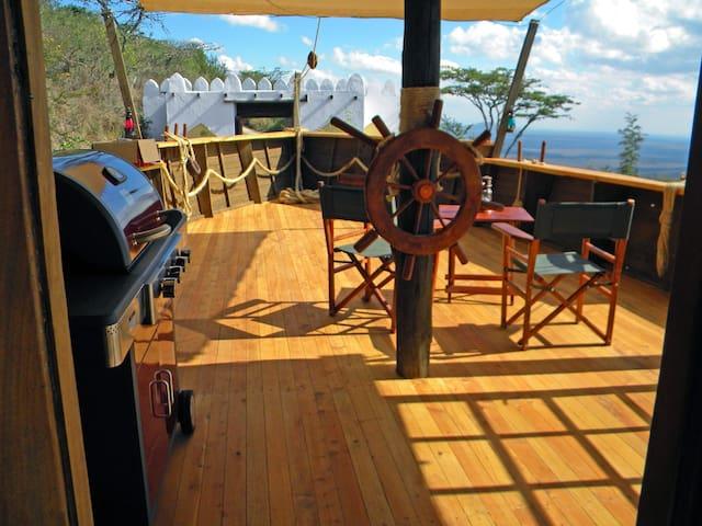 The Dhow - Set sail over Champagne Ridge