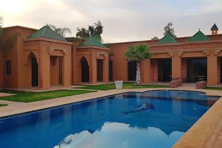 Villa de Charme à Marrakech - Sidi Bouzguia - 別荘