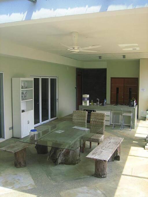 Open concept Kitchen & Laundry area