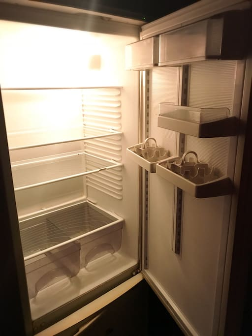 Голодный холодильник